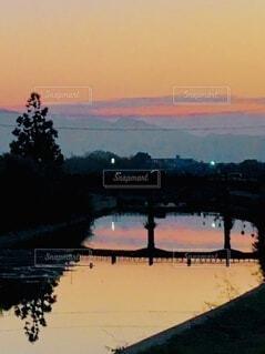 影絵のような架け橋の写真・画像素材[4011215]