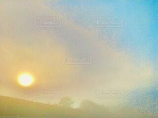 日の出の写真・画像素材[4087892]