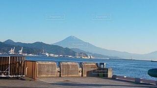 清水港から見る富士山の写真・画像素材[3798507]