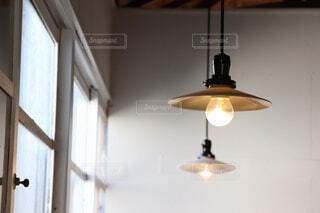 カフェで過ごす午後のひと時の写真・画像素材[3820939]