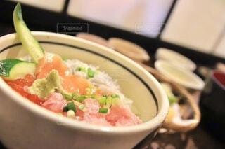 湘南の海鮮丼定食の写真・画像素材[3915806]