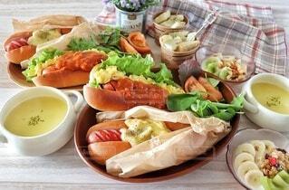 食べ物,ランチ,野菜,ワンプレート,皿,サンドイッチ,肉,ホットドッグ,ジョンソンヴィル