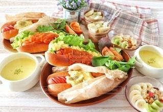 食べ物,ランチ,野菜,皿,サラダ,肉,ホットドッグ,フライドポテト,ファストフード,主食,ジョンソンヴィル