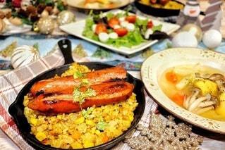 食べ物,食事,ディナー,テーブル,サラダ,肉,料理,ジョンソンヴィル