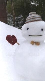 手袋をした雪だるまの写真・画像素材[4071272]