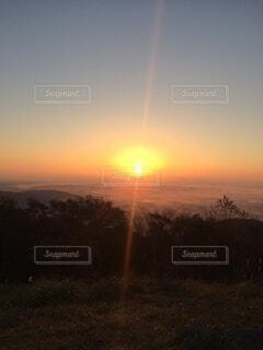 日の出 初日の出の写真・画像素材[4048809]