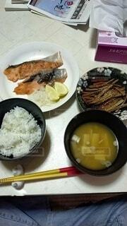 とある日の夕飯の写真・画像素材[3846936]
