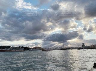 不思議な雲の写真・画像素材[3855425]