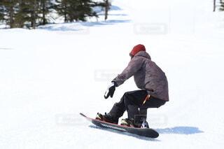 冬,雪,ジャンプ,モノクロ,スキー,運動,ゲレンデ,スノーボード,ウィンタースポーツ,雪国,北国,ウインタースポーツ,白馬村,スキーヤー,スポーツ用品,個人競技,スキー用具,スロープスタイル