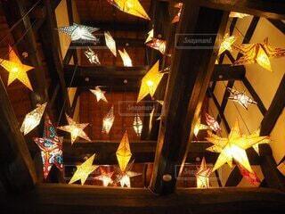カフェに広がる星空の写真・画像素材[3853097]