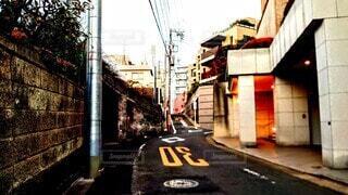 明け方の住宅街の写真・画像素材[3912216]