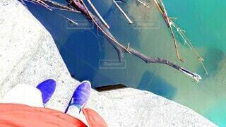 水場ギリギリに立った時の見え方の写真・画像素材[3999905]