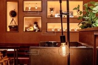 電球の灯りとインテリアの写真・画像素材[3863922]
