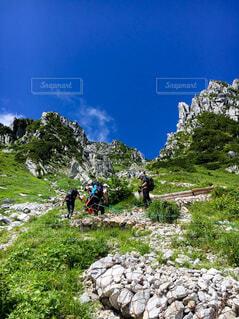 駒ヶ岳登山風景の写真・画像素材[3864939]