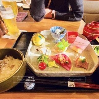 テーブルの上の和食懐石の写真・画像素材[3917550]