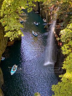 高千穂峡 ボートと滝の風景の写真・画像素材[3924555]
