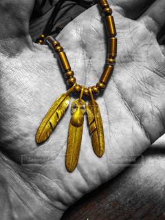 アクセサリー,黄色,羽,イエロー,金,ゴールド,GOLD,yellow