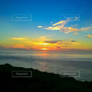 自然,風景,海,空,屋外,太陽,朝日,ビーチ,雲,夕暮れ,水面,海岸,正月,お正月,台湾,地平線,日の出,新年,初日の出,岬,海岸線,最果て,澎湖県