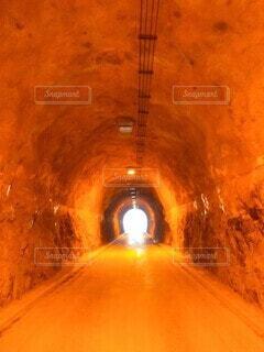 アンバートンネルの写真・画像素材[3888956]