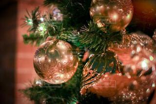 クリスマスツリーのオーナメントの写真・画像素材[3975303]