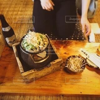 昔ながらのどぜう鍋の写真・画像素材[3941970]