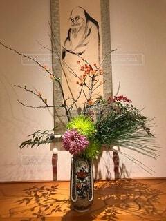 床の間の生け花の写真・画像素材[4033131]