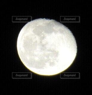 月の写真・画像素材[3927722]