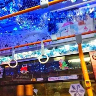 クリスマスバスの写真・画像素材[3982796]