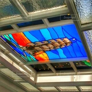 帆船日本丸のステンドグラスの写真・画像素材[4001522]