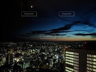 夜の都市の眺めの写真・画像素材[4920541]