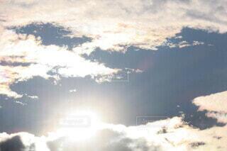 太陽の光の写真・画像素材[3896569]