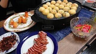 オシャレな料理がたくさん!たこ焼きパーティー!の写真・画像素材[3957432]