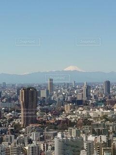 令和3月3月3日、333mの東京のシンボルから望む日本のシンボル富士山の写真・画像素材[4212678]