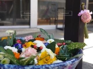 街を彩る、彩の国行田市の花手水の写真・画像素材[4239114]