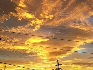 朝焼けの空の写真・画像素材[3903707]