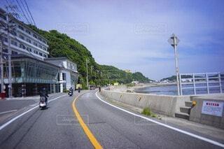 海岸沿いの道の写真・画像素材[4524025]