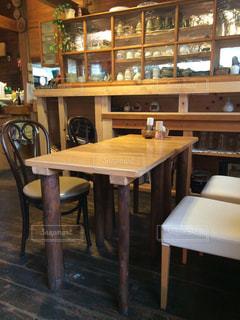 インテリア,お部屋,椅子,テーブル,家具,木の温もり