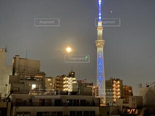 自然,風景,空,建物,夜,屋外,都会,月,高層ビル,明るい
