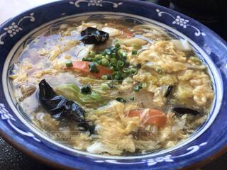 食べ物,うどん,皿,スープ,料理,麺,ラーメン,沖縄そば,シチュー,麻婆豆腐,めんつゆ,だし,チキンスープ,株式,アジアのスープ