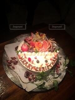 お洒落なクリスマスケーキの写真・画像素材[3998689]