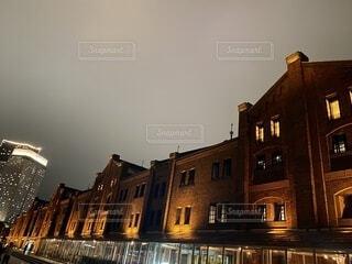 赤レンガ倉庫の夜景の写真・画像素材[4069146]