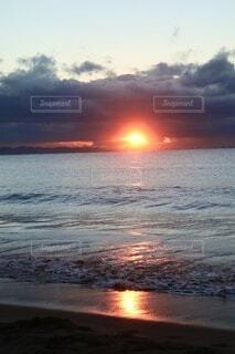 自然,海,空,屋外,太陽,朝日,ビーチ,雲,水面,正月,お正月,日の出,新年,初日の出