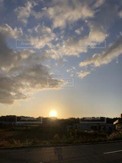夕日がきれいな空の写真・画像素材[3956662]