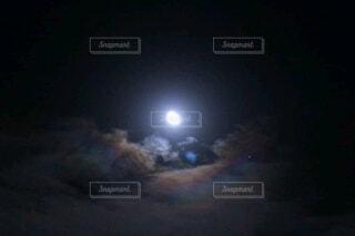 月空の写真・画像素材[3954127]