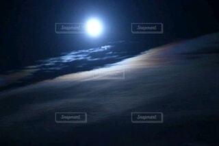 月空の写真・画像素材[3956420]