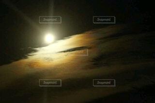 月空の写真・画像素材[3956422]