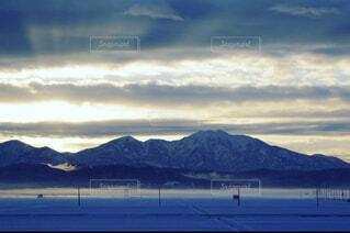 自然,風景,空,雪,屋外,湖,朝日,ビーチ,雲,砂浜,水面,海岸,山,正月,お正月,日の出,新年,初日の出,眺め,バック グラウンド