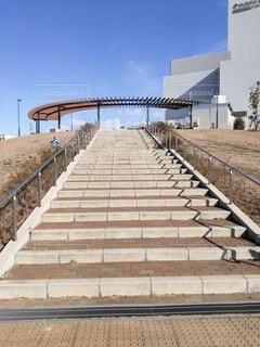 公園の大きな石階段の写真・画像素材[4020072]