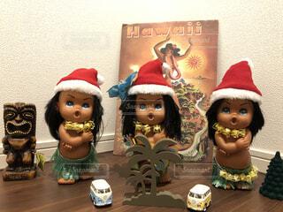 クリスマスのハワイアンガールの写真・画像素材[3965024]