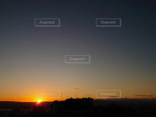 空,太陽,朝日,日の出,新年,初日の出,sunrise,ベランダからの日の出
